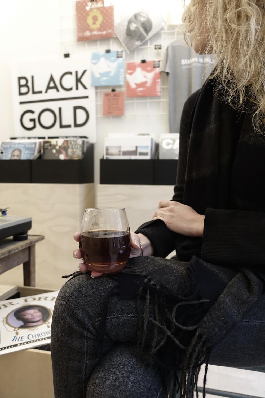 dekoffiefilters_black_gold_