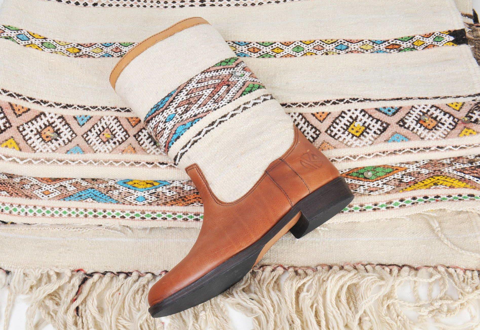 KINDRED SPIRITS // Our Original Kiboots – Lee Ann Kilim Boots Inspiration
