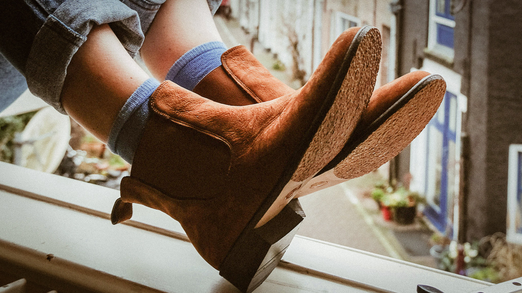 chelsea-boots-brown