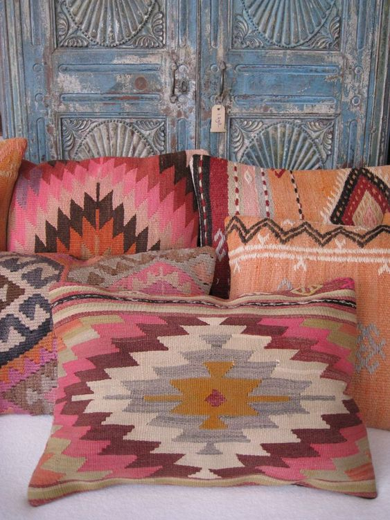 In our collection you find a wide range, all hand made, unique and with different designs. From colorful pillows made of authentic vintage Kilim rugs