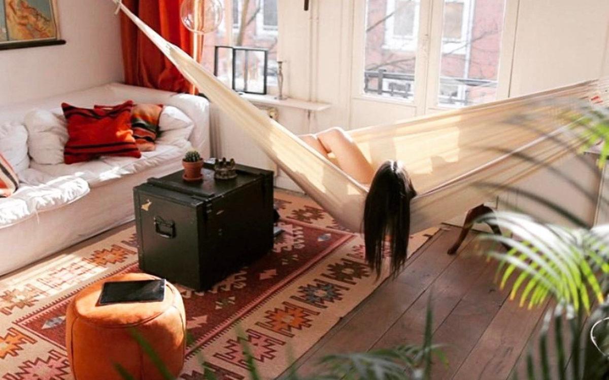 boho interieur met kelim vloerkleed
