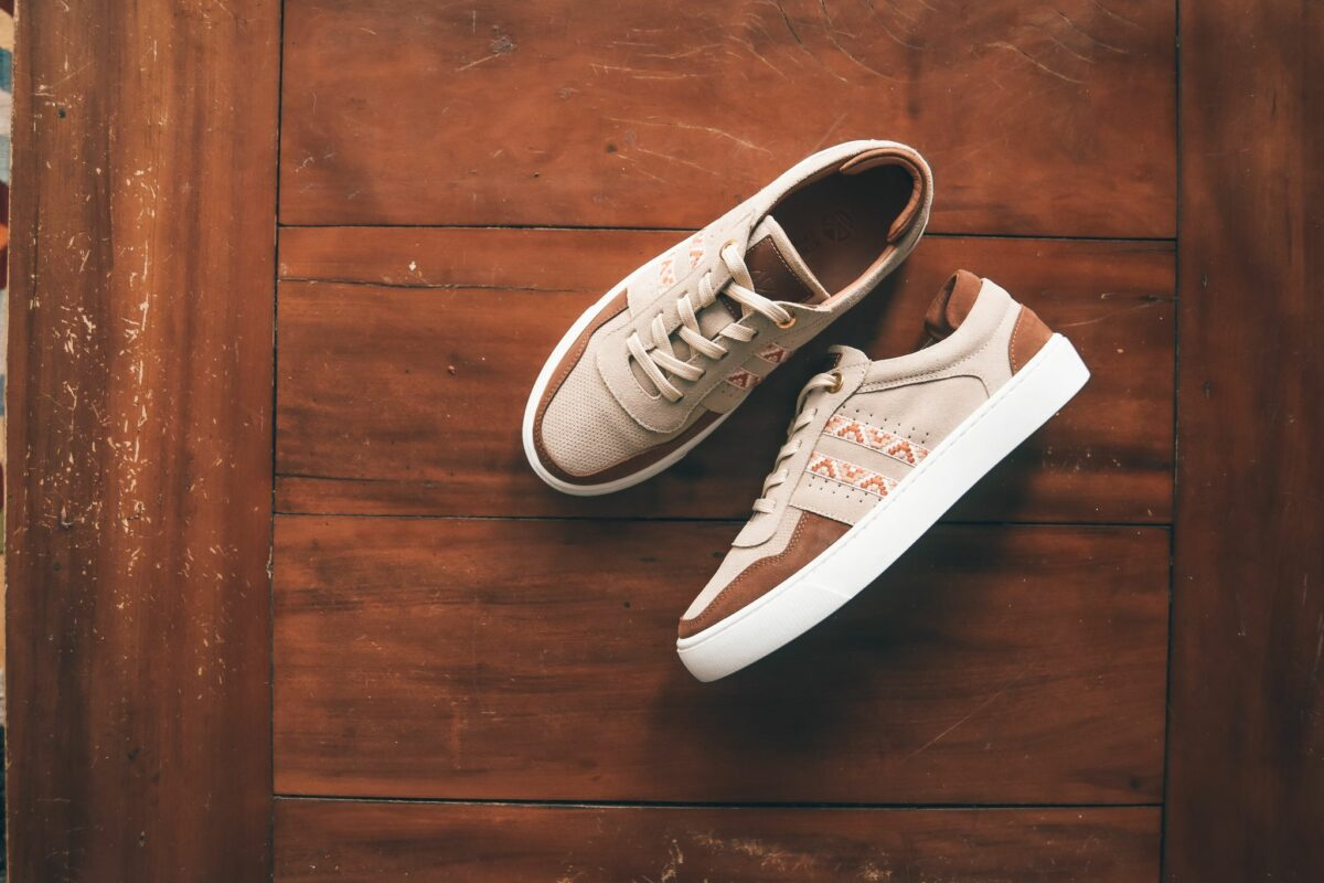 suède bohemian sneakers